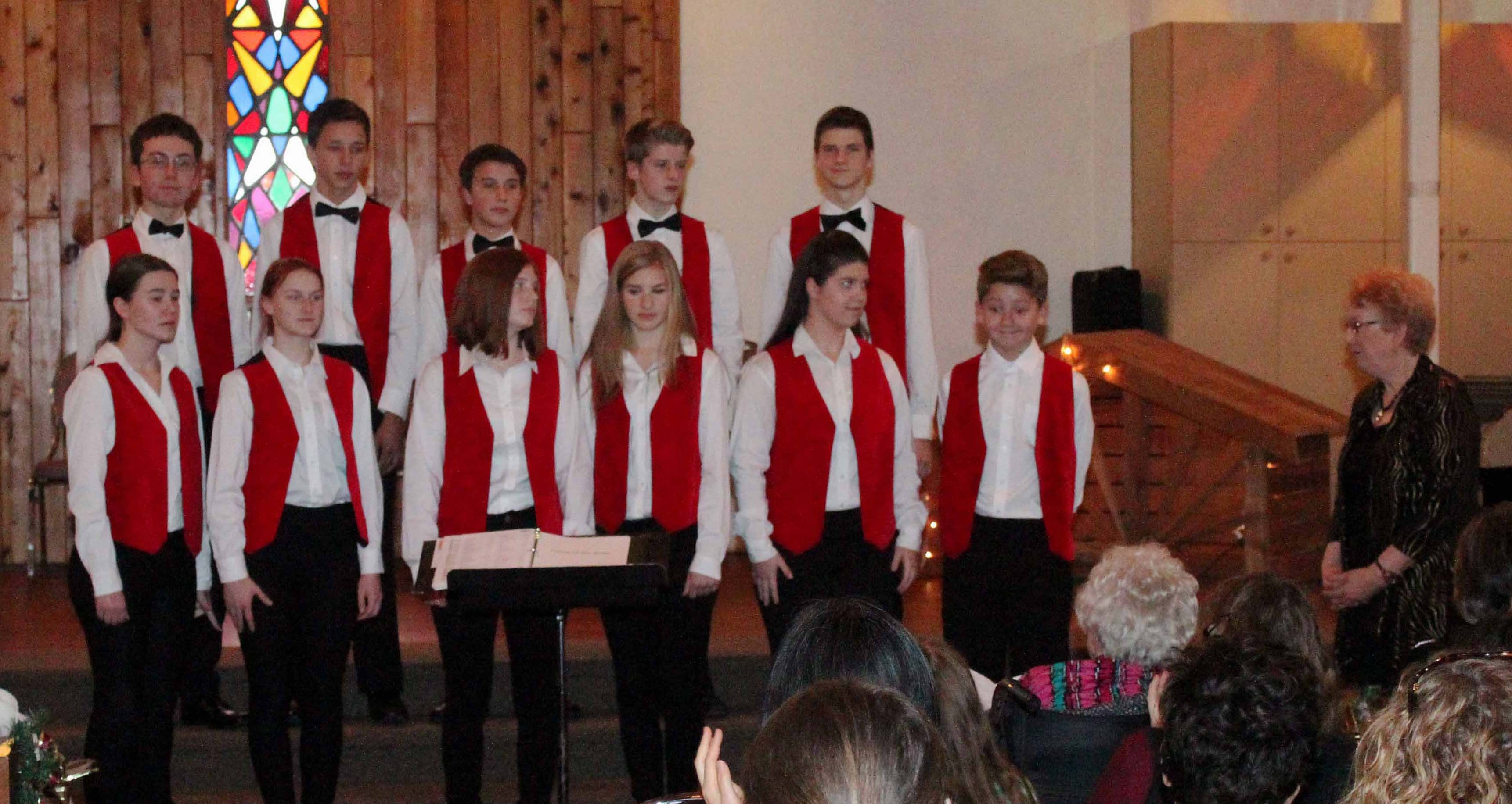 """Unfolding Delights"" - Cowichan Valley Youth Choir, December 2015"